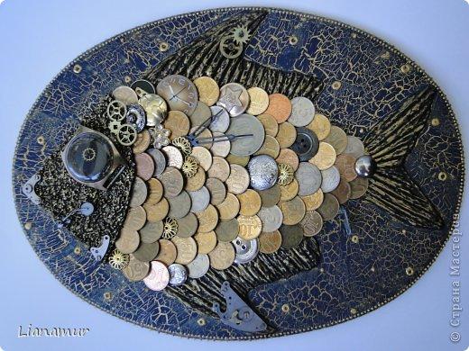 картина из монет, рыба из монет, панно из монет
