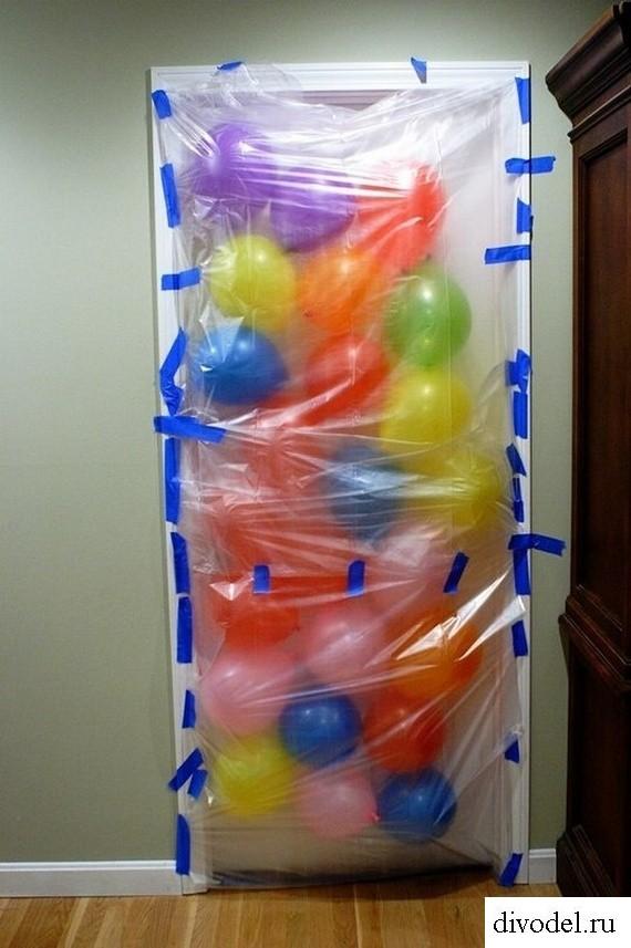 необычное поздравление-сюрприз на день рождения из воздушных шаров