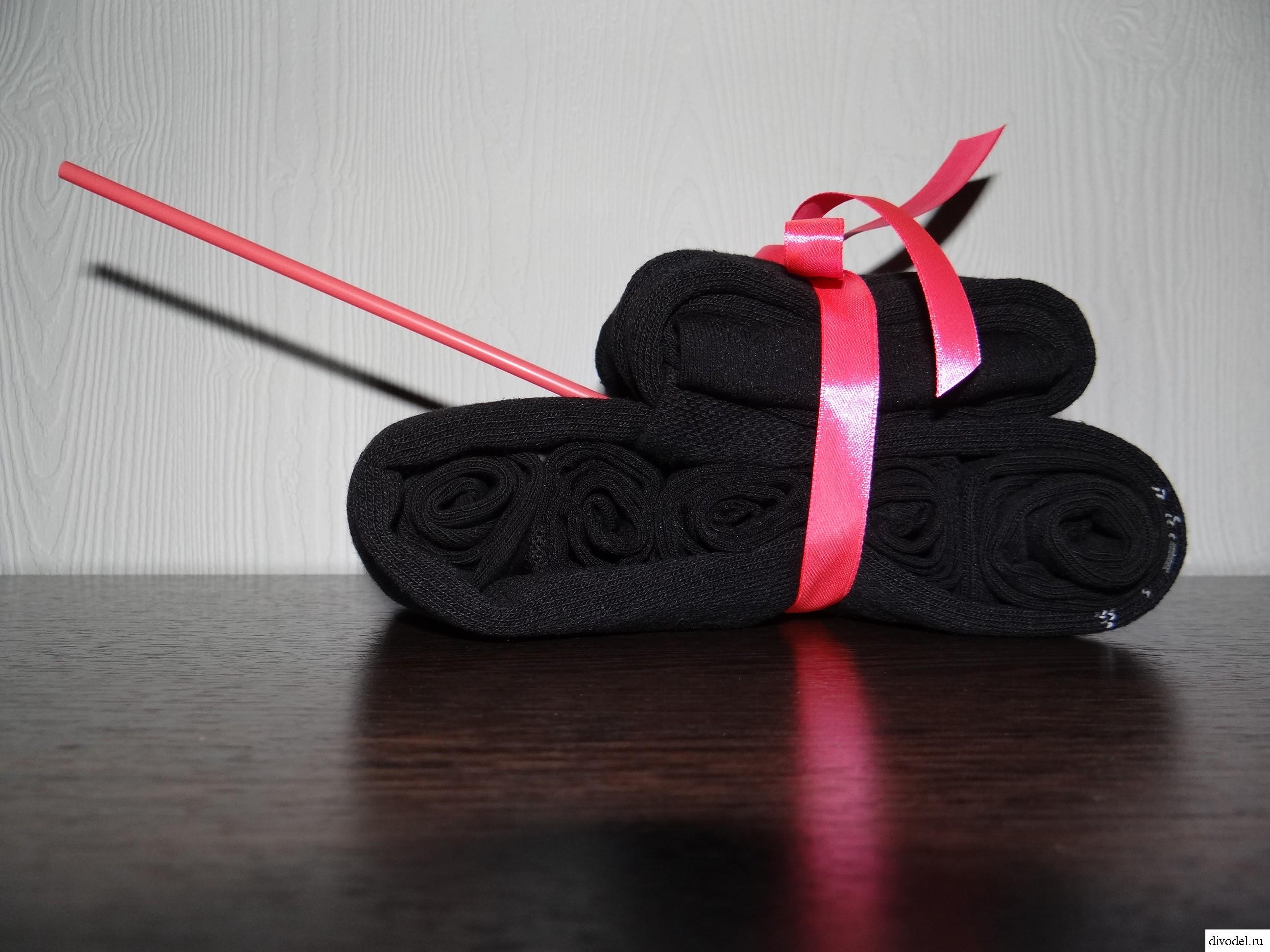 Подарки из носков своими руками