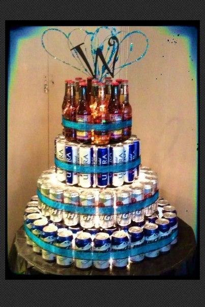 Как сделать из пивных бутылок торт
