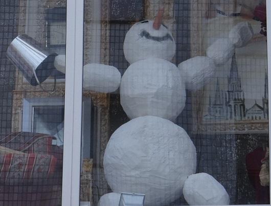 советы по подготовке к новому году: снеговик своими руками
