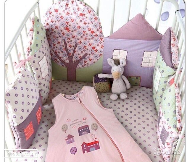 бампер из подушек, бампер-подушки, подушки в детскую кроватку