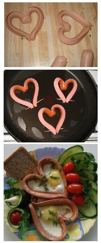 Романтический завтрак на день святого Валентина: сердечки из сосисек