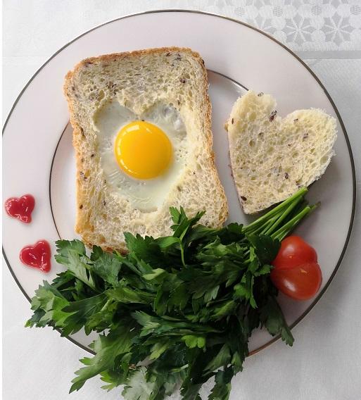 романтический завтрак, романтический завтрак на 14 февраля, завтрак на 14 февраля, завтрак для любимого