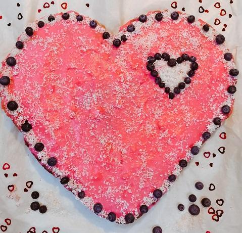 романтический завтрак, романтический завтрак на 14 февраля, завтрак на 14 февраля, завтрак для любимого, торт сердце своими руками,